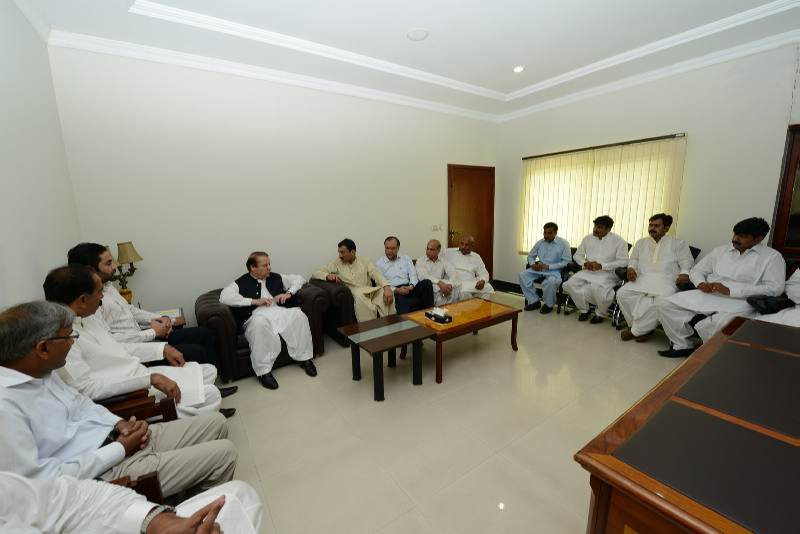 Nawaz Sharif House in Raiwind http://lahoreworld.com/2012/07/26/q-league-workers-join-n-league/