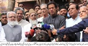 syed  munawar hasan , Imran Khan talking to media