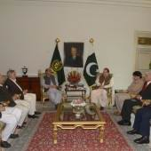 Government negotiating committee called on Prime Minister Muhammad Nawaz sharif