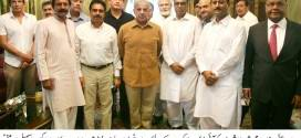 People of various walks of life present cheques for 16 crore rupees to CM Punjab for IDPs