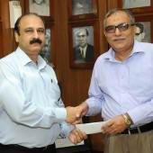 Old Ravian industrialists donate Rs 4m to GCU-EFT
