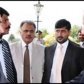Nawaz,Zardari vows to defend democracy