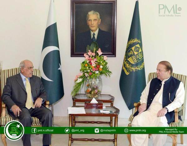 Governor Punjab, Mr. Rafique Rajwana called on Prime Minister Muhammad Nawaz Sharif at the PM House.jpg