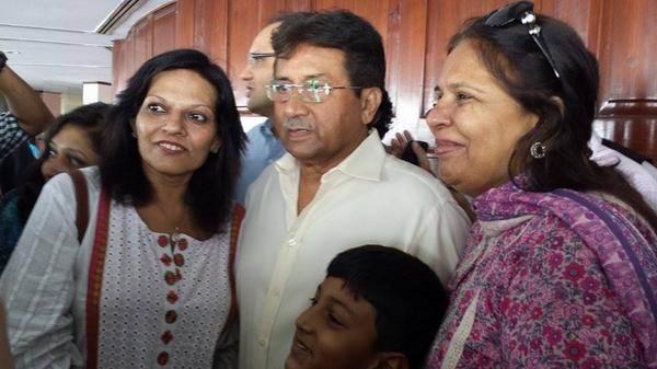 Sabena Siddiqi meet PM.jpg